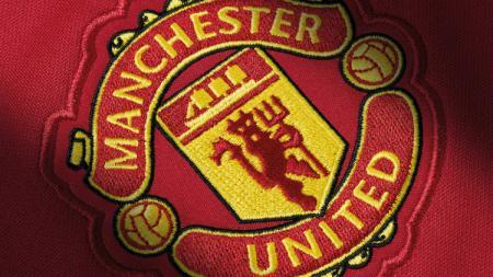 Manchester United menuntut kedua bintangnya agar mampu mencapai level permainan yang sama dengan David Beckham dan Ryan Giggs. - INDOSPORT
