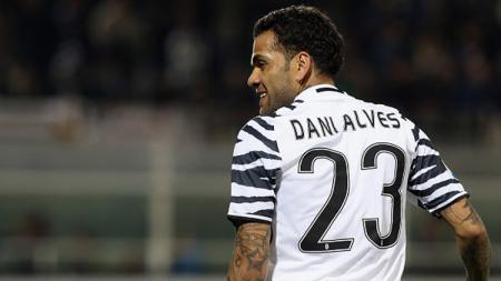 Dani Alves, mantan bek kanan Juventus. - INDOSPORT