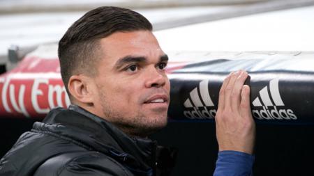 Mantan Bek Real Madrid, Pepe yang kini membela klub asal Portugal, FC Porto. - INDOSPORT