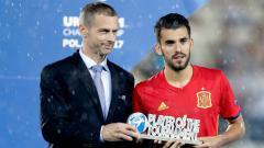 Indosport - Dani Ceballos menjadi pemain terbaik dalam turnamen Euro U-21 2017.