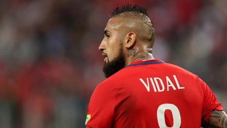Kisah pemain Inter Milan dan Timnas Chile, Arturo Vidal, yang memiliki nama panggilan 'Guerrero', beserta rambut mohawk-nya. - INDOSPORT