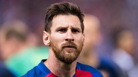 Bintang Barcelona, Lionel Messi resmi memperpanjang kontraknya. - INDOSPORT
