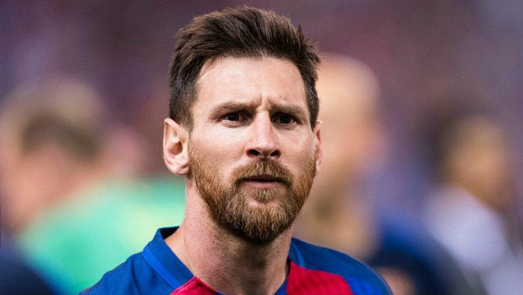 Bintang Barcelona, Lionel Messi resmi memperpanjang kontraknya. Copyright: Power Sport Images/Getty Images