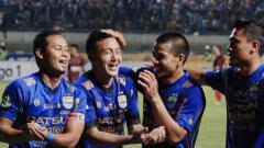 Indosport - Atep dan Shohei Matsunaga (Persib Bandung).