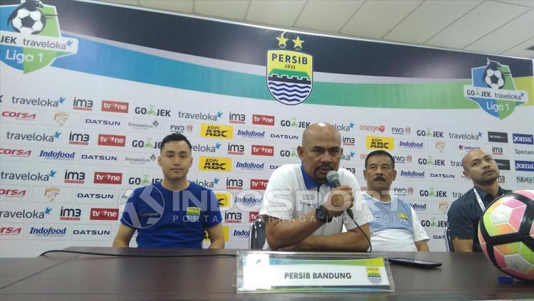 Konferensi pers usai Persib Bandung benamkan PSM Makassar 2-1. Copyright: Muhammad Ginanjar/INDOSPORT