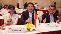 Indosport - Politisi Azis Syamsuddin menyampaikan pengunduran diri sebagai Wakil Ketua DPR RI usai ditetapkan sebagai tersangka kasus suap oleh KPK.