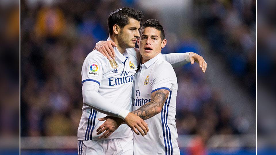Alvaro Morata dan James Rodriguez, dua pemain bintang Real Madrid yang siap dibeli Chelsea. Copyright: INDOSPORT