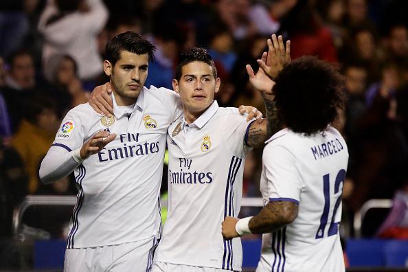 Alvaro Morata dan James Rodriguez, dua pemain bintang Real Madrid yang tak diinginkan Florentino Perez, Presiden Real Madrid. Copyright: INDOSPORT