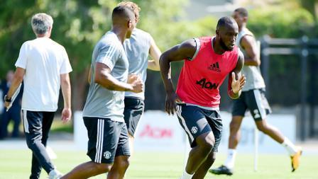 Romelu Lukaku jalani latihan perdana bersama Man United.