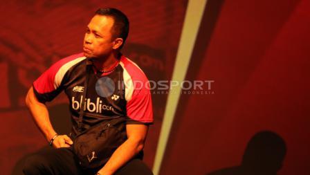 Pelatih ganda campuran Indonesia, Richard Mainaky ikut hadir dalam penyerahan bonus yang diterima Tontowi Ahmad/Liliyana Natsir.