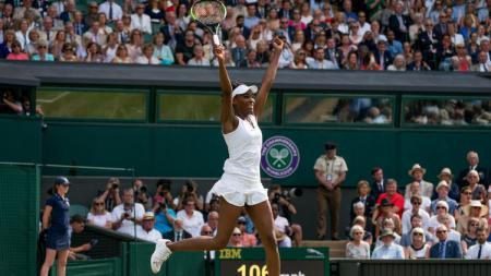 Venus Williams berhasil masuk final Wimbledon 2017. - INDOSPORT