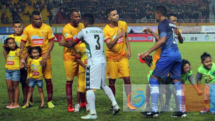 Sriwijaya FC vs PS TNI Copyright: Twitter@Liga1Match