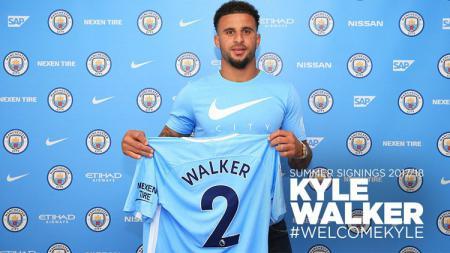 Kyle Walker, bek kanan termahal di dunia milik Manchester City. - INDOSPORT
