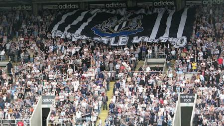 Fans Newcastle United. - INDOSPORT
