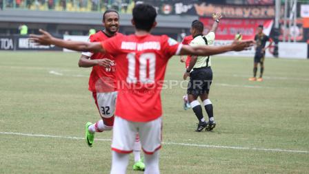 Persija Jakarta vs Borneo FC di Stadion Patriot Candrabhaga.