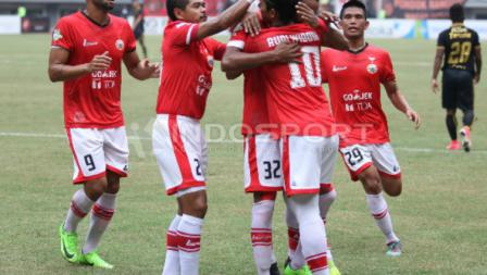 Persija Jakarta vs Borneo FC di Stadion Patriot Candrabhaga