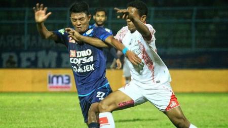 Persipura bungkam perlawanan Arema FC. - INDOSPORT