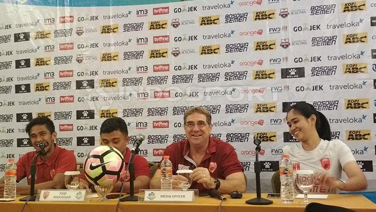 PSM Makassar dalam jumpa pers. Copyright: Muhammad Nur Basri/INDOSPORT