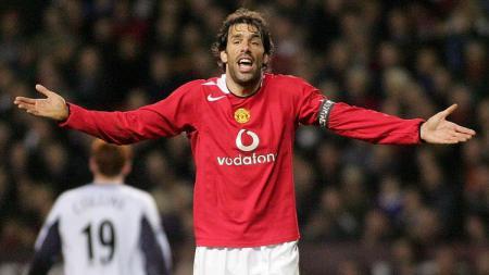 Dua eks striker Manchester United, Ruud van Nistelrooy dan Robin van Persie, membuat fans The Red Devils merasa pilu. - INDOSPORT
