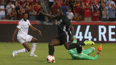 Romelu Lukaku mencetak gol perdananya ke gawang Real Salt Lake - INDOSPORT