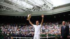 Indosport - Di tengah sorakan penonton, Roger Federer tetap merasa kesepian.