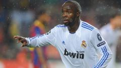 Indosport - Lassana Diarra saat masih berseragam Real Madrid.