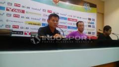 Indosport - Pelatih sementara Sriwijaya FC, Hartono Ruslan, memberikan komentarnya usai timnya ditahan imbang Bali United FC 2-2.