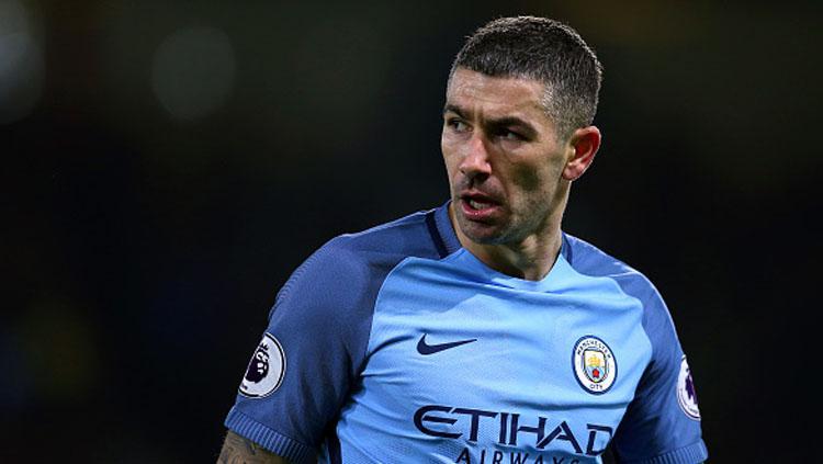 Bek Manchester City, Aleksander Kolarov. Copyright: INDOSPORT
