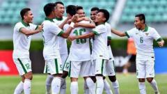 Indosport - Selebrasi pemain Timnas Indonesia U-22 usai hantam Mongolia.
