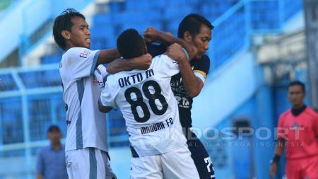 Akibat Wasit Tak Tegas, Derby Jawa Timur Grup 7, Persekam Metro FC vs Madura FC Nyaris Rusuh. - INDOSPORT