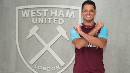 Javier Hernandez telah resmi berkostum West Ham United. - INDOSPORT