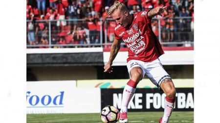 Nick van der Velden, pemain Bali United. - INDOSPORT