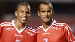 Indosport - Anak legenda sepak bola Brasil, Rivaldo bernama Rivaldinho ingin merasakan atmosfer sepak bola ASEAN.
