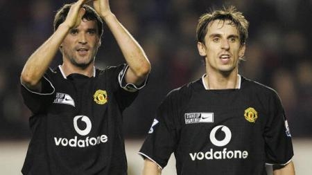 Roy Keane dan Gary Neville. - INDOSPORT