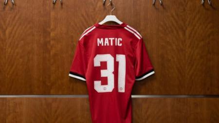 Nomor punggung Nemanja Matic bersama Manchester United. - INDOSPORT