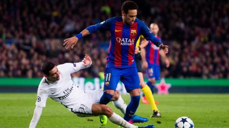 Neymar dan Angel Di Maria dalam pertandingan di Liga Champions. - INDOSPORT