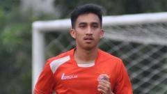 Indosport - PSS Sleman dirumorkan akan mendatangkan Fitra Ridwan untuk putaran kedua Shopee Liga 1.
