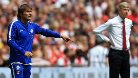 Antonio Conte dan Arsene Wenger. - INDOSPORT