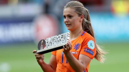 Lieke Martens, kekasih pemain keturunan Indonesia Benjamin van Leer. - INDOSPORT