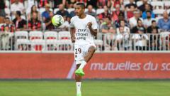 Indosport - Bek kiri Inter Milan, Dalbert, dikabarkan bakal kembali ke Ligue 1 Prancis.