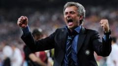 Indosport - Jose Mourinho saat melatih Inter Milan.