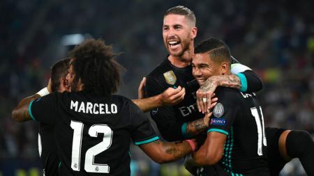 Selebrasi pemain Real Madrid setelah Casemiro cetak gol. - INDOSPORT