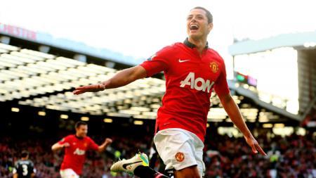Chicharito ketika masih bermain bagi Manchester United. - INDOSPORT