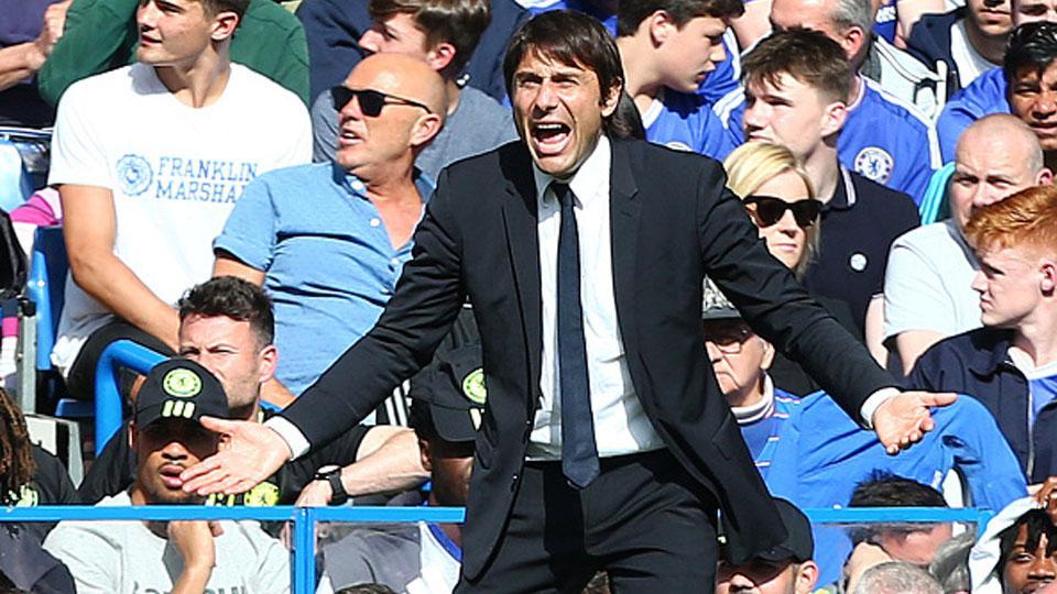 Antonio Conte, pelatih Chelsea. Copyright: INDOSPORT