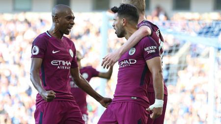 Selebrasi pemain Man City usai Sergio Aguero menjebol gawang Brighton & Hove Albion. - INDOSPORT