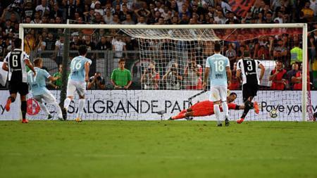 Gol penalti yang dicetak oleh Ciro Immobile. - INDOSPORT