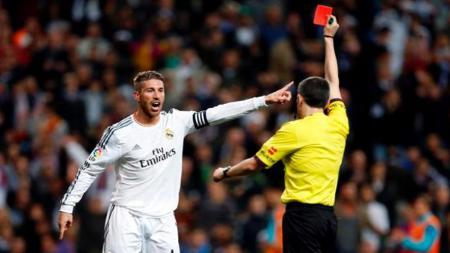 Sergio Ramos paling sering diusir wasit. - INDOSPORT