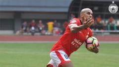 Indosport - Direktur Madura United, Haruna Soemitro kini tengah mengupayakan administrasi Bruno Da Silva Lopes segera tuntas, untuk segera menjalani debut di Liga 1 2020.