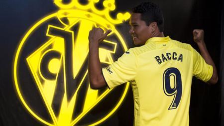 Carlos Bacca resmi menggunakan jersey Villarreal sebagai pemain pinjaman dari AC Milan. - INDOSPORT