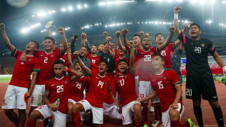 Kegembiraan penggawa Timnas Indonesia usai kalahkan Timnas Filipina. - INDOSPORT